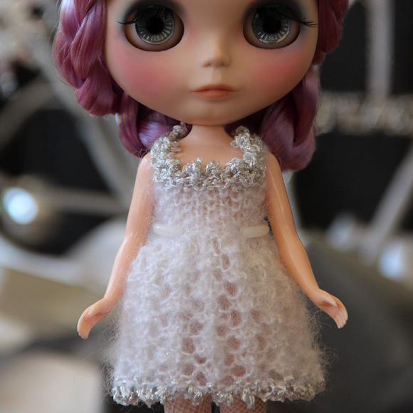 Snow Princess dress knitting pattern for Blythe dolls   Blythe Today